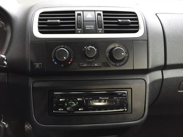 Skoda Roomster 1.4-16V NAVIGATOR AIRCO-AUDIO CD-LMV-CV