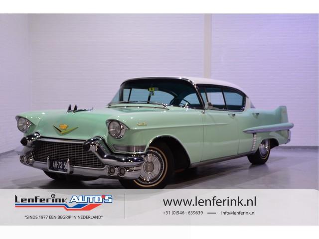 Cadillac Sedan-De-Ville 1957 Onlangs gereviseerde motor.