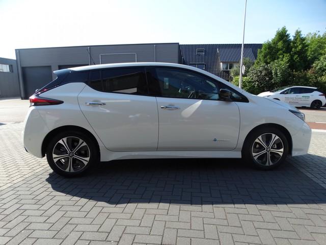 Nissan Leaf Tekna 40 kWh   NU IN VOORRAAD!!