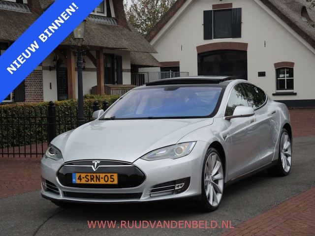 Tesla Model S P85 7-PERS. PANO LUCHTV. 50.699 INCL.BTW