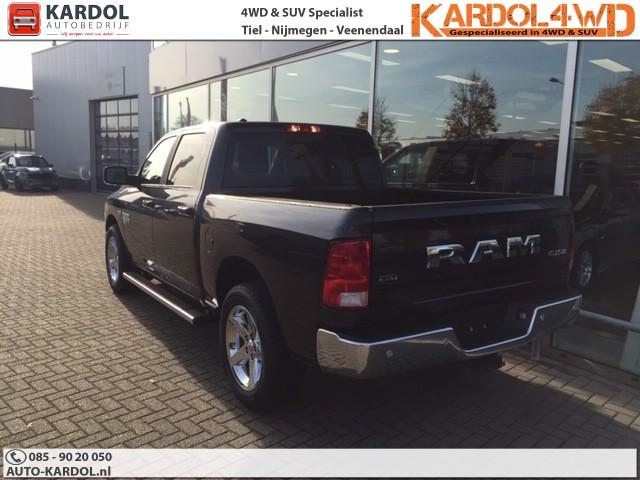 Dodge Ram 1500 5.7 V8 Crew Cab SLT CLASSIC NIEUW € 36.950,-. € 399,- PER MAAND EXCLUSIEF BIJ UW US CAR DEALER KARDOL
