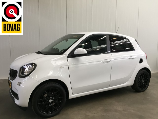 Smart Forfour 1.0 Turbo 90PK Passion AIRCO ECC-NAVI-LMV-CRUISE-PRIVATE GLASS
