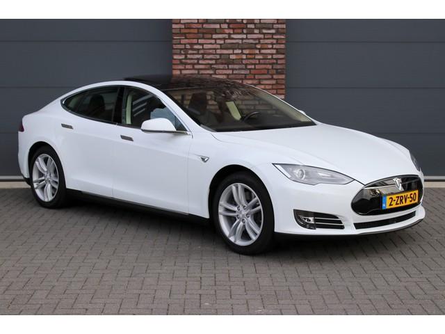 Tesla Model S 85, Panoramadak, Auto Pilot, Adaptieve Cruise Controle, Camera, Leder, Stoelverwarming, Keyless-go, Etc.