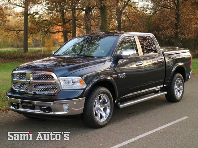 Dodge Ram 1500 | Laramie Edition | Luxury Canyon Brown - Frost Beige interieur | 5.7 V8 HEMI 402 PK | 4X4 | Crew Cab |