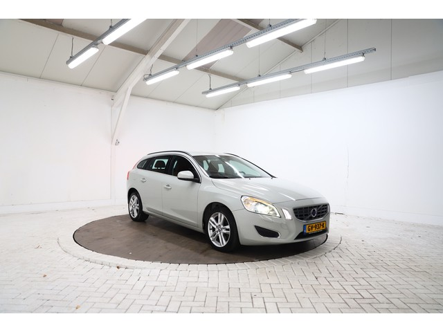 Volvo V60 1.6 Drive Summum Navigatie, Airco, Cruise control, Leer