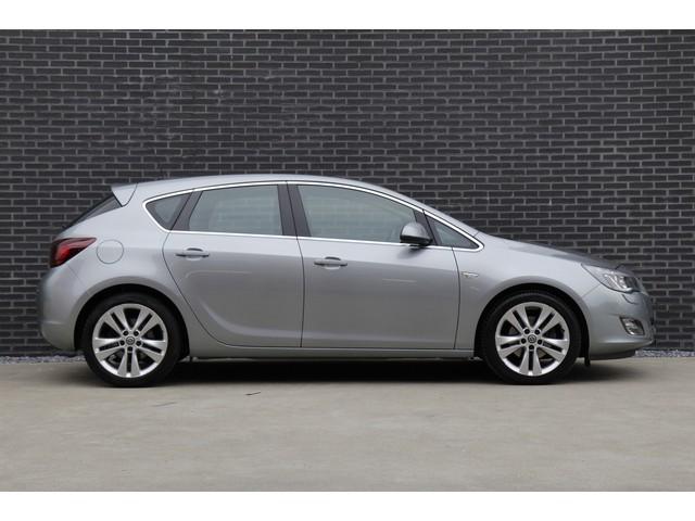 Opel Astra 1.6 TURBO 180PK Sport AUTOMAAT *Zeer Sportief   100% onderhouden   All-season banden*