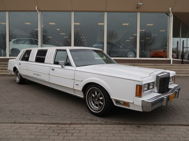 Lincoln Town Car LIMOUSINE 4.6 V8 AUT.