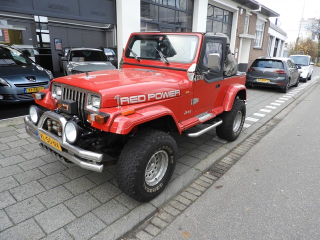 Jeep Wrangler 4.0i Softtop 4X4