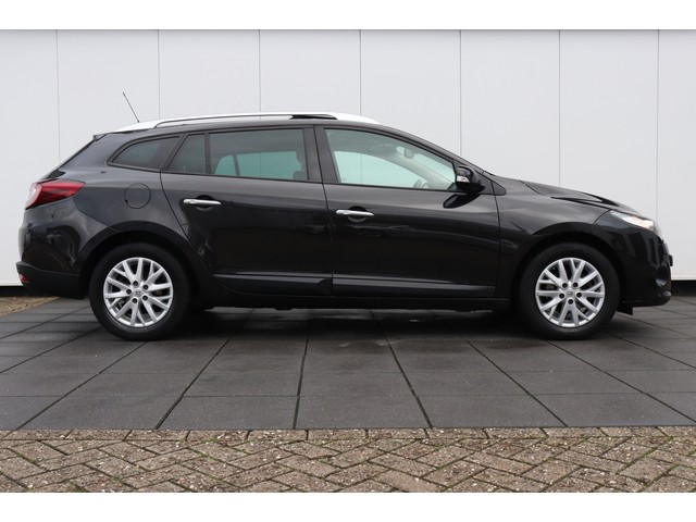 Renault Megane Estate 1.9 dCi Privilege | 131 PK | NAVI | PANODAK | LEDER | XENON |