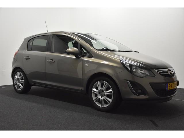 Opel Corsa 1.4 16V 5D BLITZ