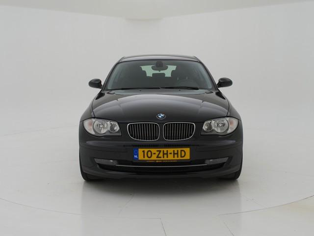 BMW 1 Serie 116i BUSINESS LINE 3-DEURS + NAVIGATIE