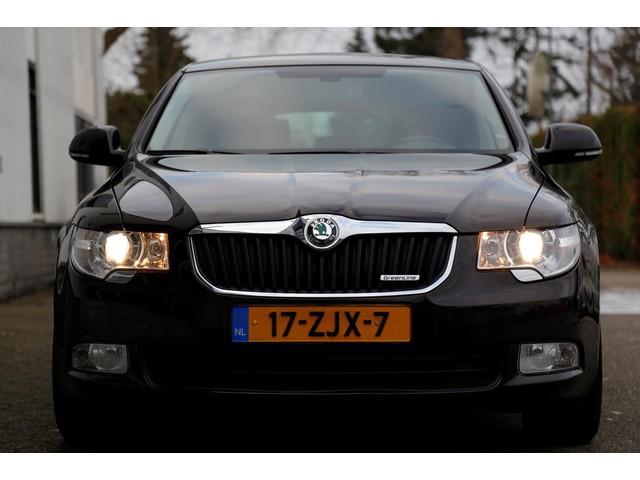 Skoda Superb 1.6 TDI Greenline Active Business Line*NL-Auto*Perfect Dealer Onderh.*Navi Stoelverw. Parkeersens. Trekhaak*