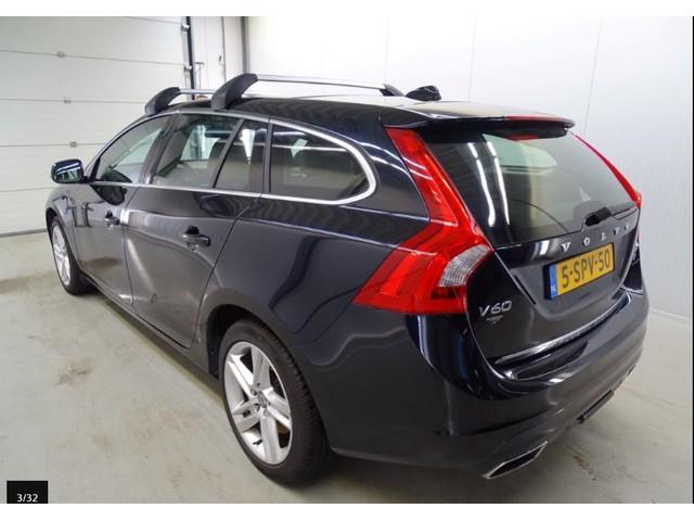 Volvo V60 2.4 D6 AWD *18.990,- INCL.* AUT. Plug-In Hybrid Summum   NAVI   AIRCO-ECC   XENON   LEDER   PDC   LMV  TREKHAAK   * APK 11-2019