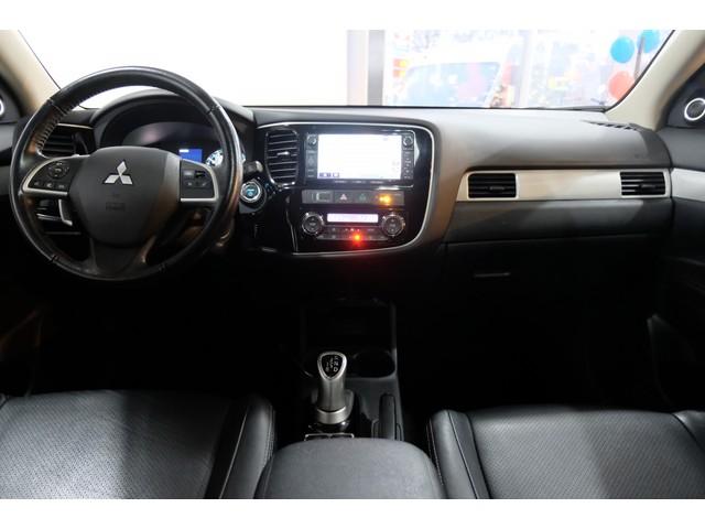 Mitsubishi Outlander 2.0 PHEV Instyle (excl btw) SCHUIFDAK   360 CAMERA