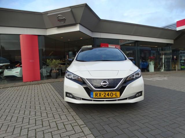 Nissan Leaf Tekna 40 kWh EXCL. BTW | €2.000 SUBSIDIE | LED | PROPILOT | LEDER ALCANTARA