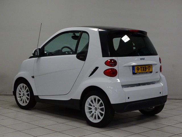 Smart Fortwo coupe 1.0 mhd Pure Automaat Airco Panoramadak