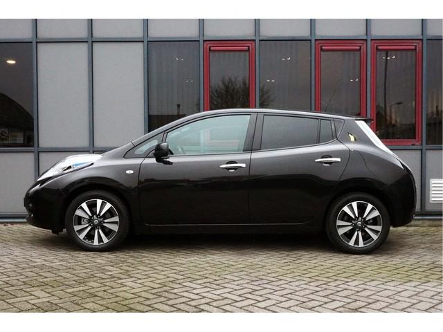 Nissan Leaf Tekna 30 kWh Fastcharge incl. Accu & BTW!