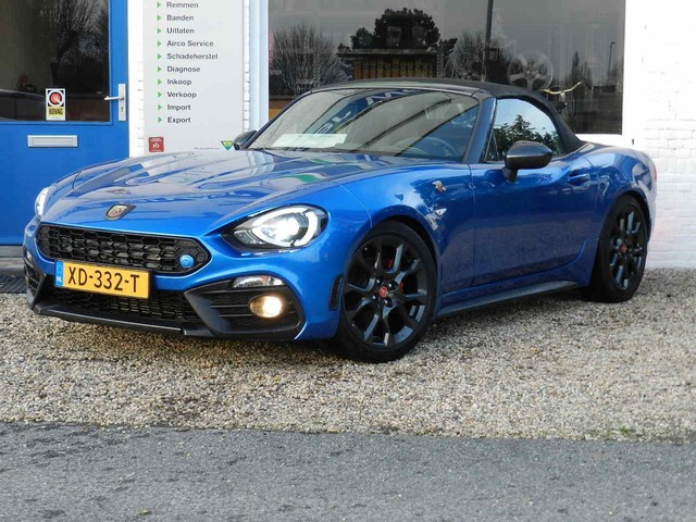 Abarth 124 Spider 1.4 MultiAir Turbo Abarth, Navigatie , Cruisecontr ole , Brembo remmen ,