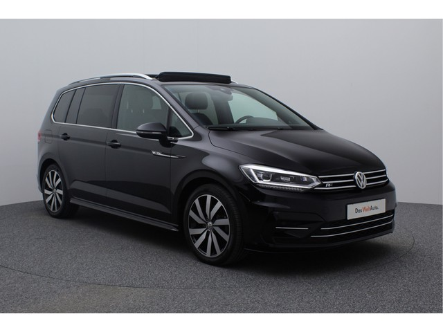 Volkswagen Touran 7-Persoons 1.4 TSI 150PK DSG Highline R-Line | R-Line interieur exterieur | Panoramadak | Navigatie | LED | Wegklapbare trekhaak
