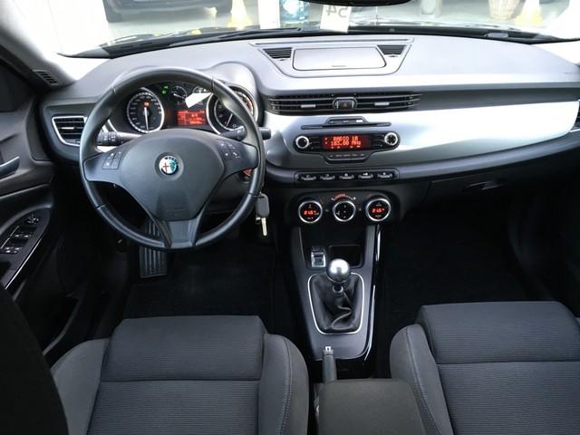 Alfa Romeo Giulietta 1.4 T Distinctive, Xenon, Cruise, Climate, Pdc