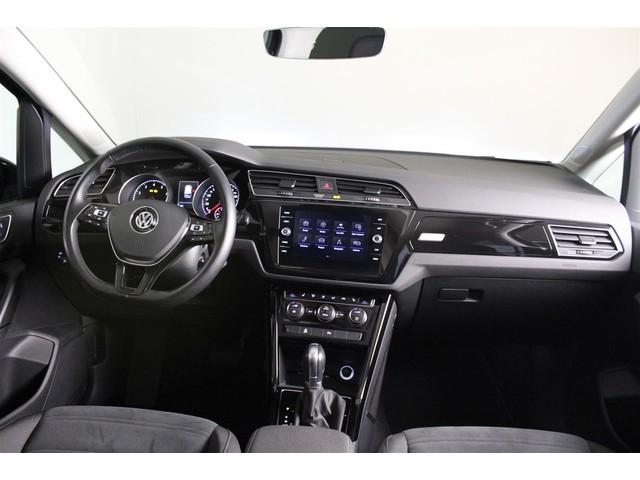 Volkswagen Touran 1.4 TSI 150PK DSG Highline | LED Verlichting | Adaptive cruise control | Parkeercamera | Parkeersensoren | BTW Verrekenbaar | Ve