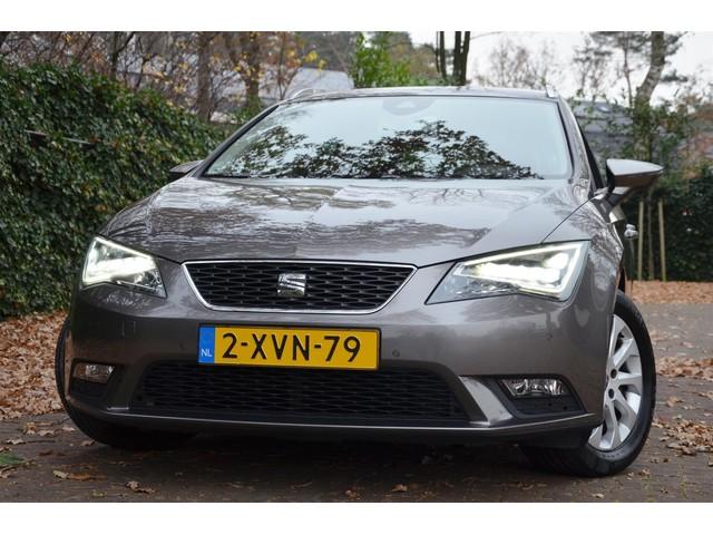 Seat Leon ST 1.6 TDI Style Business Ecomotive Led Ecc Pdc Navi  Leer Alcantara