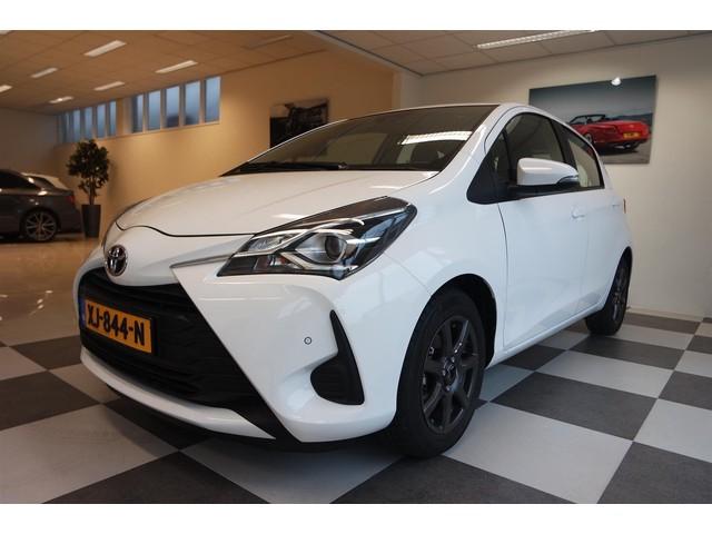 Toyota Yaris 1.0 68PK Energy + Camera + Navi + LMV + 3065KM!