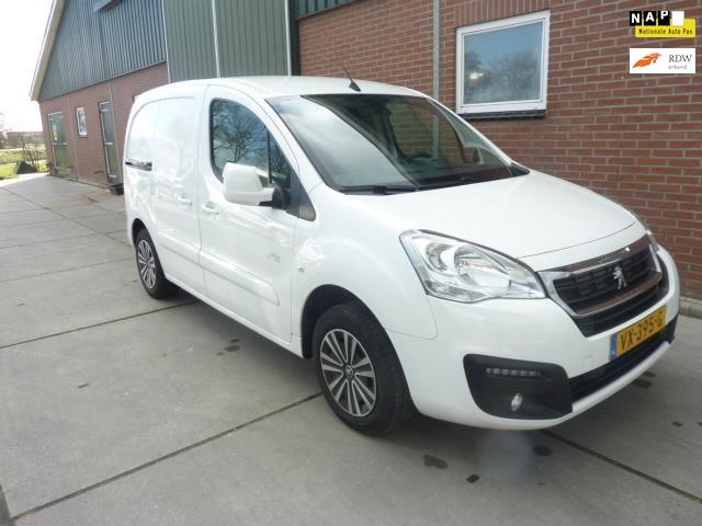 Peugeot Partner 120 1.6 HDi 75 L1 XR navi* collorline* 3-zits*