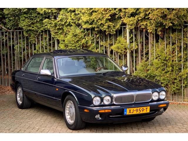 Daimler Sovereign 4.0 V8 LWB Jaguar, Youngtimer, 2e eigenaar, dealer onderhouden!