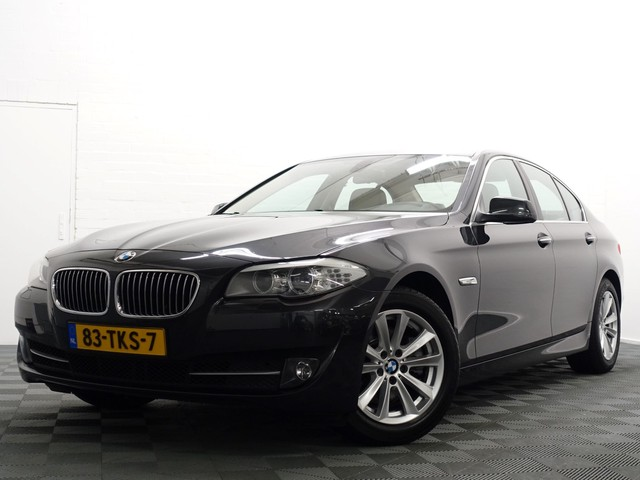 BMW 5 Serie Sedan 520i High Executive Aut8, Leer, Navi Pro, Xenon, ECC, Full