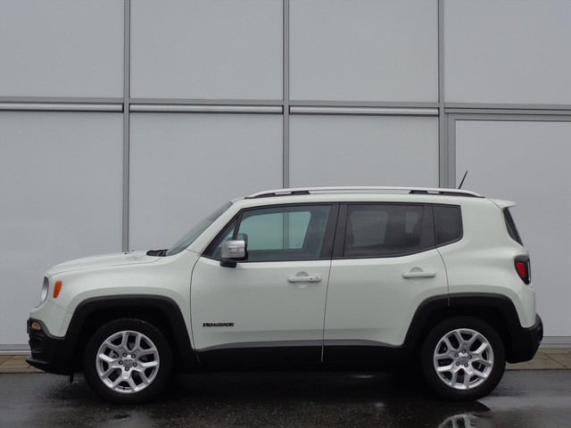 Jeep Renegade 1.4 MULTIAIRE 140PK LIMITED AUTOMAAT | NAVIGATIE | TREKHAAK |