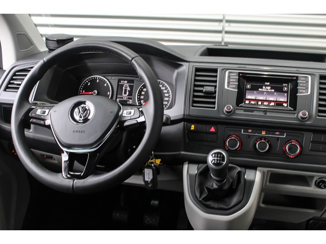 Volkswagen Transporter Trendline 2.0 TDI 150PK L2H1 Dubbele Cabine PDC ACHTER AIRCO CRUISE CONTROL MULTIFUNCTIONEEL STUURWIEL ACHTERKLEP