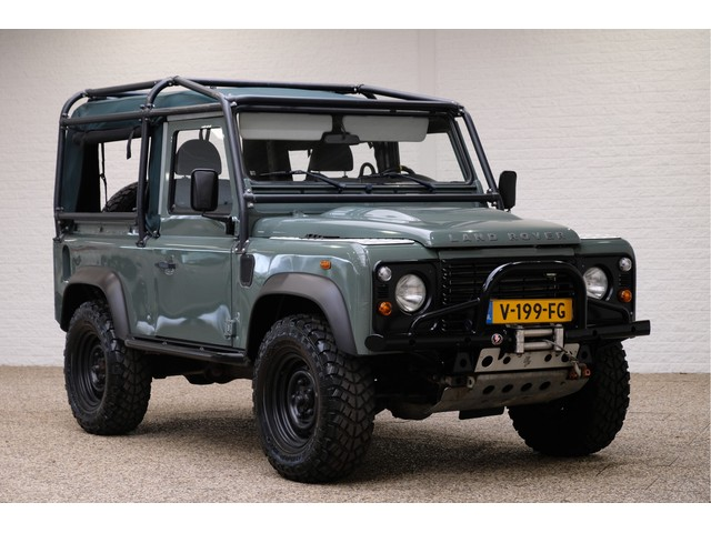Land Rover Defender 2.4 TD Soft Top 90 E | Marge | Rolkooi | Stoelvervw.