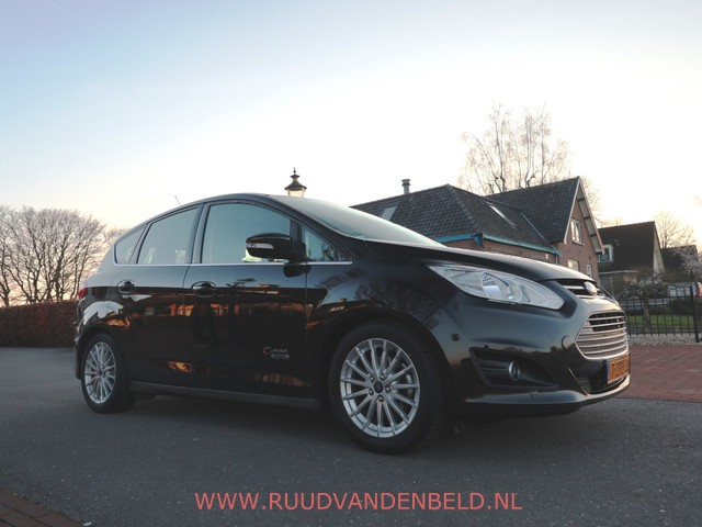 Ford C-MAX 2.0 Plug-in Hybrid Titanium Plus