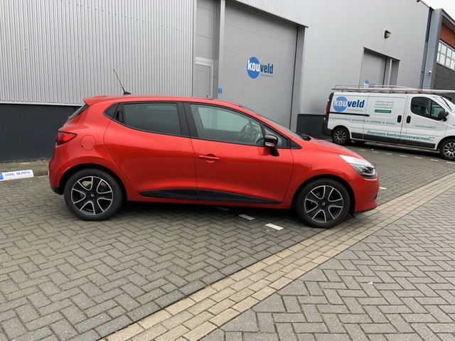 Renault Clio TCe 90pk Collection Navig., Airco, Cruise, 16'' Lichtm. velg.