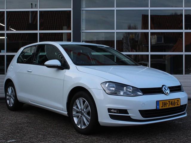 Volkswagen Golf 1.2 TSI Trendline (Navigatie,1e eigenaar,Airco,Elektrische ramen,Start stop systeem,Lm-velgen,Radio-cd,MET GARANTIE*)