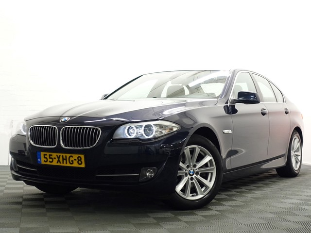 BMW 5 Serie Sedan 520i High Executive AUT8, -184pk , Navi, Xenon, ECC, LMV