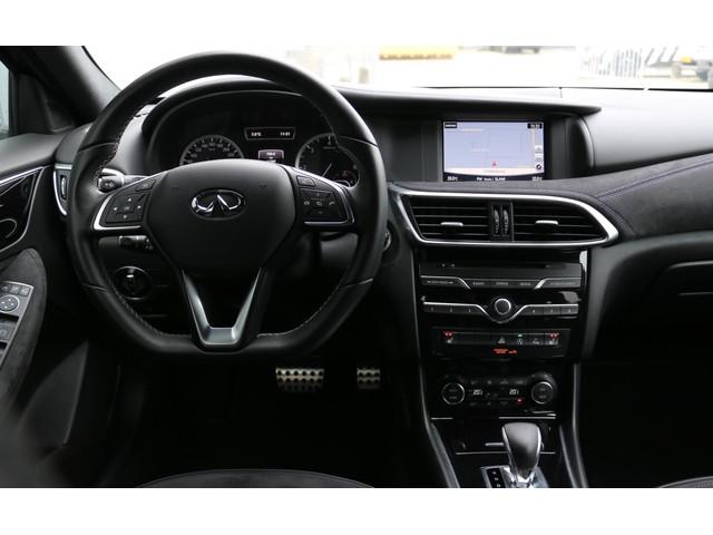 Infiniti Q30 S 2.2d Sport AWD