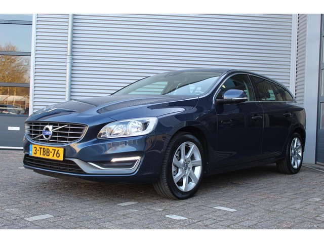 Volvo V60 D2 114PK 6-Bak Summum Business Pack Pro [ LEDER+TREKHAAK+NAVI ]