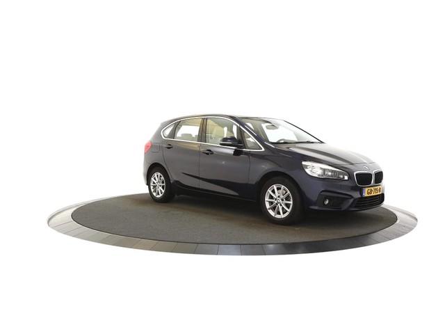BMW 2 Serie 218 d Essential Automaat, Navigatie, Leer, Airco