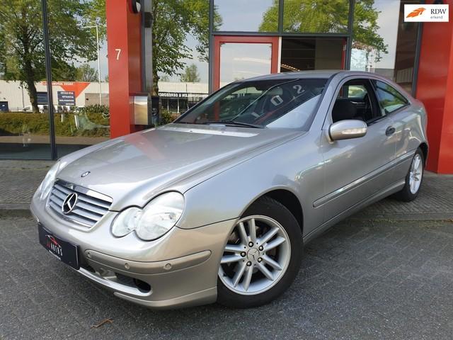 Mercedes-Benz C-Klasse Sportcoupe 180 K. NAP CC PDC KLIMA LM VELGEN