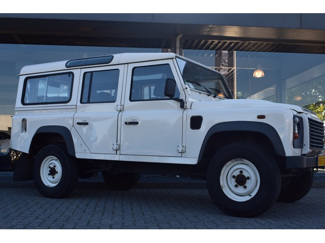 Land Rover Defender 110 2.4 TD 7 persoons | Airco