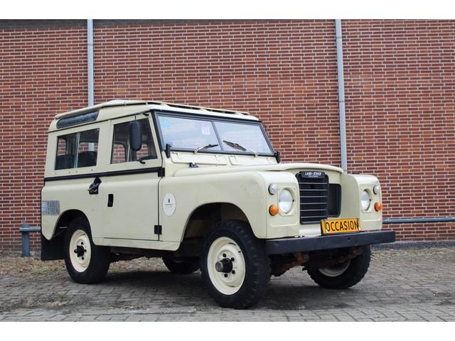 Land Rover Defender 88 Series III 4x4 Wegenbelasting vrij 7 persoons