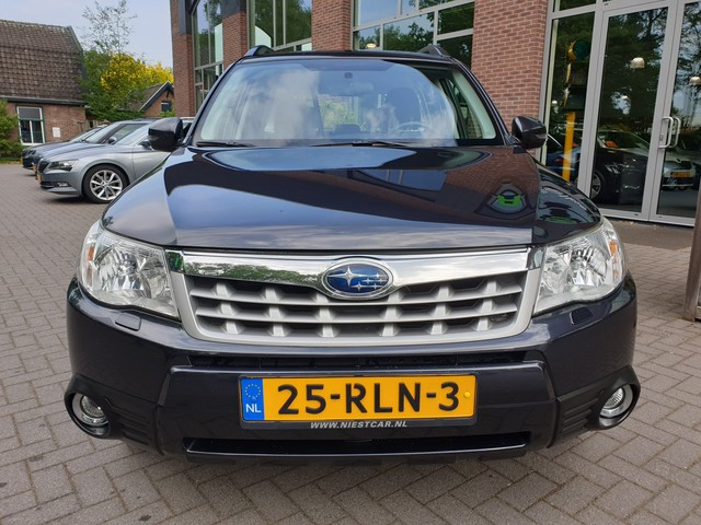 Subaru Forester 2.0 XS Luxury -= Veel opties! =-