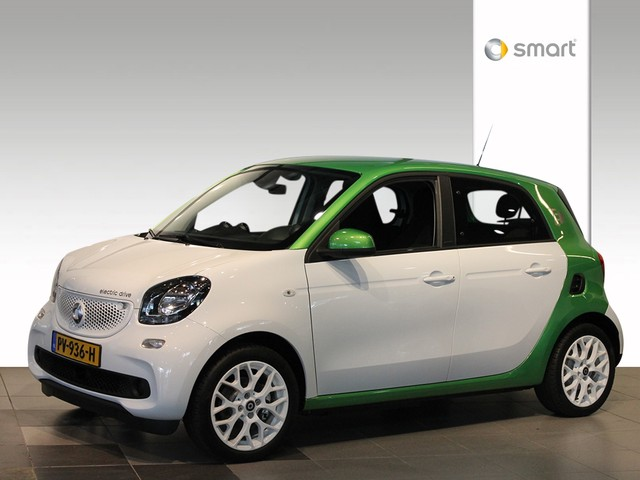 Smart Forfour ELECTRIC DRIVE PASSION .