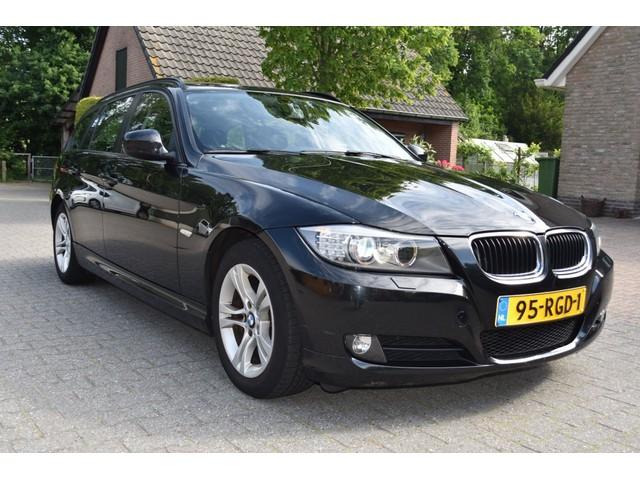 BMW 3 Serie 318i TOURING BUSINESS LINE LEDER XENON NAVI