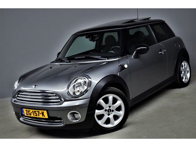 MINI Mini 1.6 Cooper Business Line Panorama Bluetooth Clima Pdc Lmv 95dkm