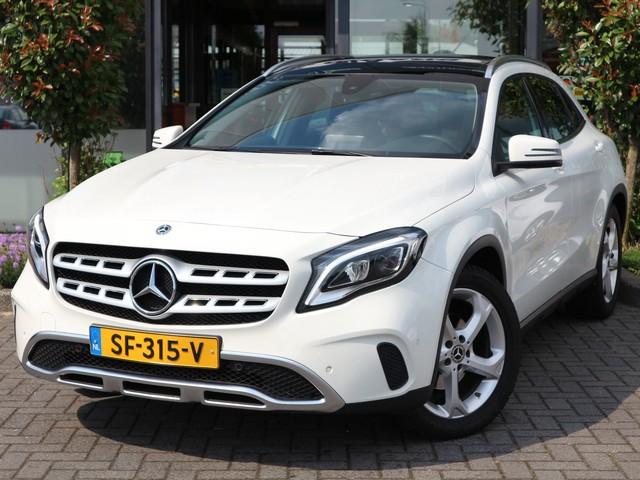 Mercedes-Benz GLA-Klasse 180 Premium PANORAMA DAK NAVI PDC CRUISE ETC