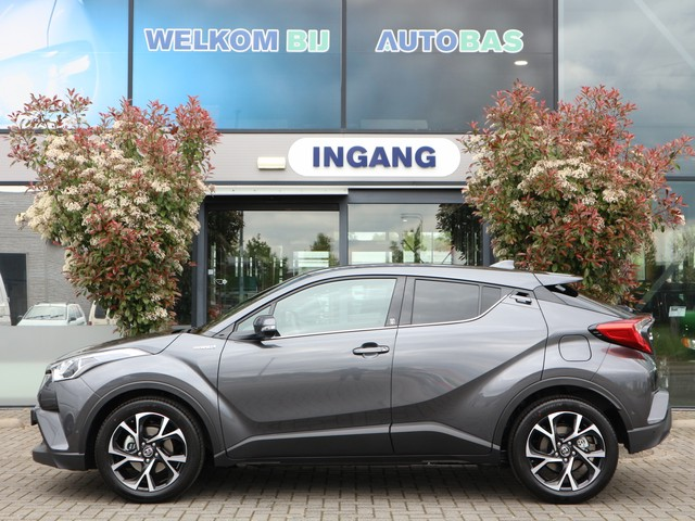 Toyota C-HR 1.8 Hybrid TEAM D 18 INCH ADAP CRUISE LINE ASSIST NAVI 6 KM! DIRECT RIJDEN