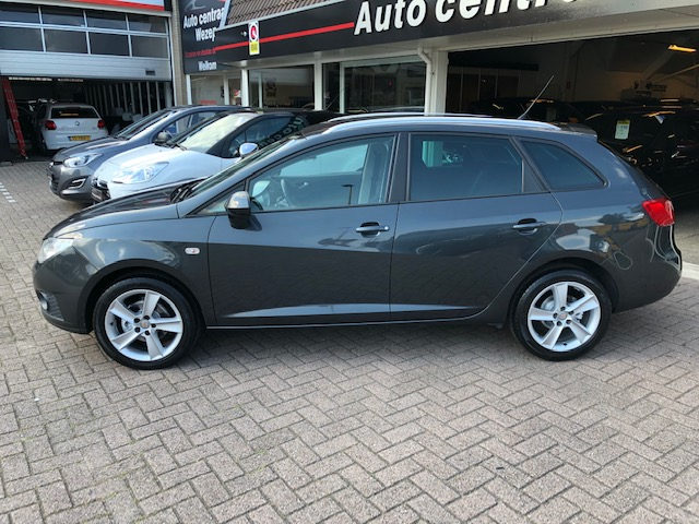 Seat Ibiza ST 1.2 TSI Style Cruise ctr   Climate ctr   Pdc   Stoelverwarming   R.sensor   LMV   Centr.V   Vol optie's!